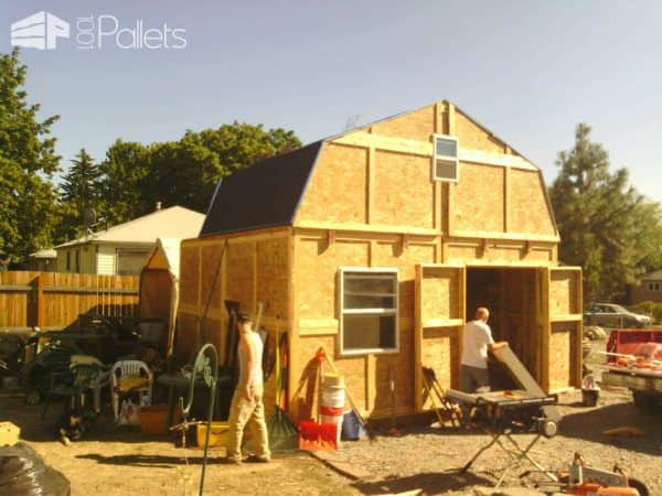 Barnout Made Of Recycled Shipping Pallets Pallet Sheds, Pallet Cabins, Pallet Huts & Pallet Playhouses
