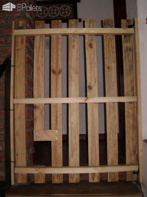 Babyproof Stairs Safety Door Pallet Staircase