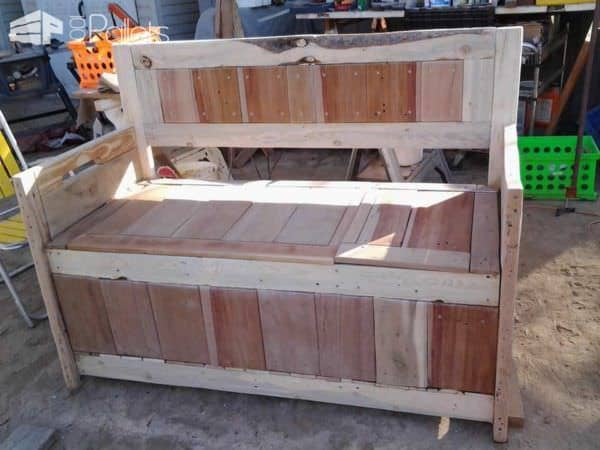 Diy: Pallet Storage Bench Has Two Compartments Pallet Benches, Pallet Chairs & Stools