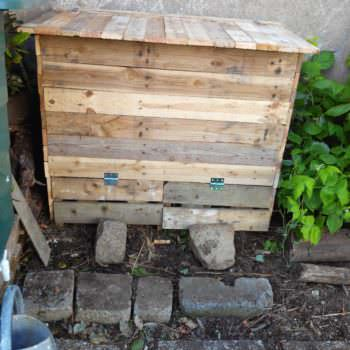 Double Compartments Pallet Compost Bin / Bac À Compost