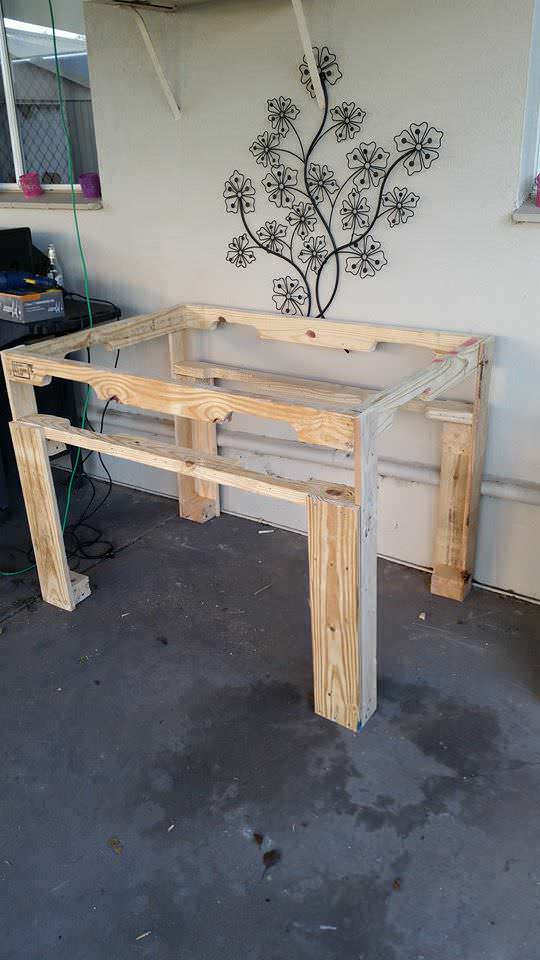 Pallet Work Bench Pallet Desks & Pallet Tables