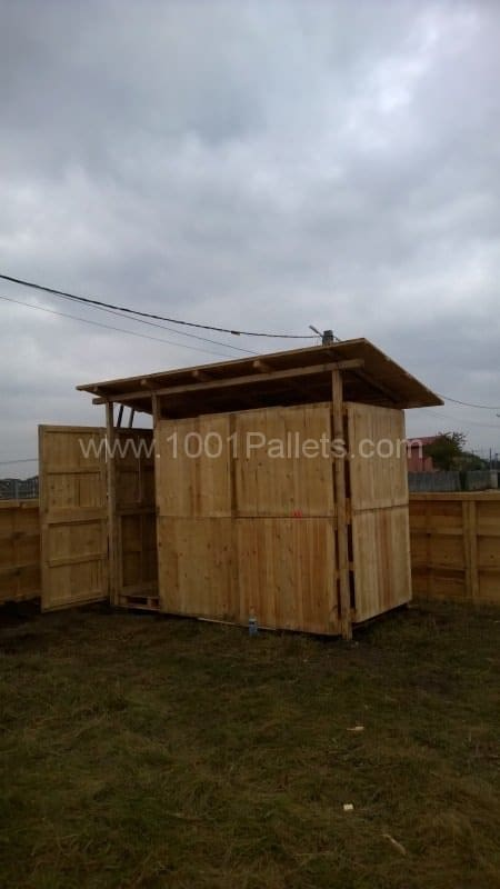 Pallets Warehouse & Fence Pallet Fences Pallet Sheds, Cabins, Huts & Playhouses