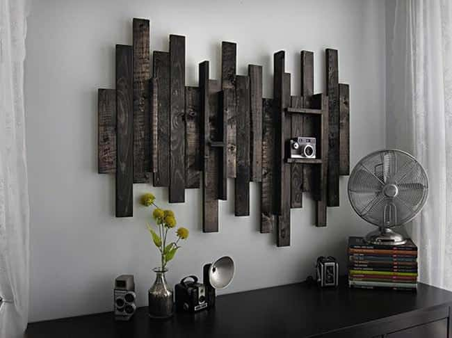 Wall decor idea from pallet wood 1001 pallets for Wanddeko outdoor