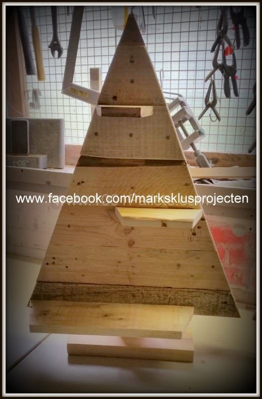 Christmas Trees Made From Pallets Pallet Home Accessories Pallet Home Decor