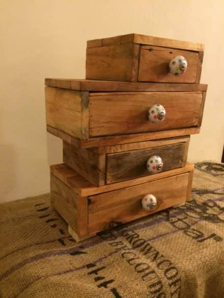 Pallet Jewelry / Trinket Chest
