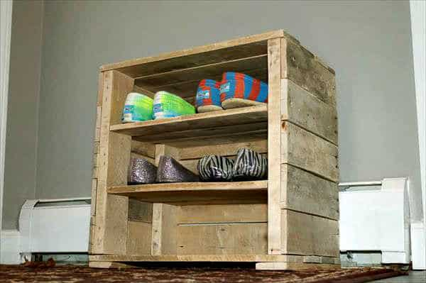 Pallet Shoe Rack & Seat Pallet Shelves & Pallet Coat Hangers