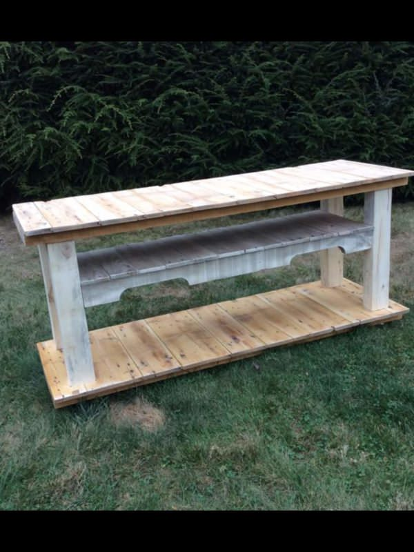 Pallet TV Console Table Pallet TV Stand & Rack
