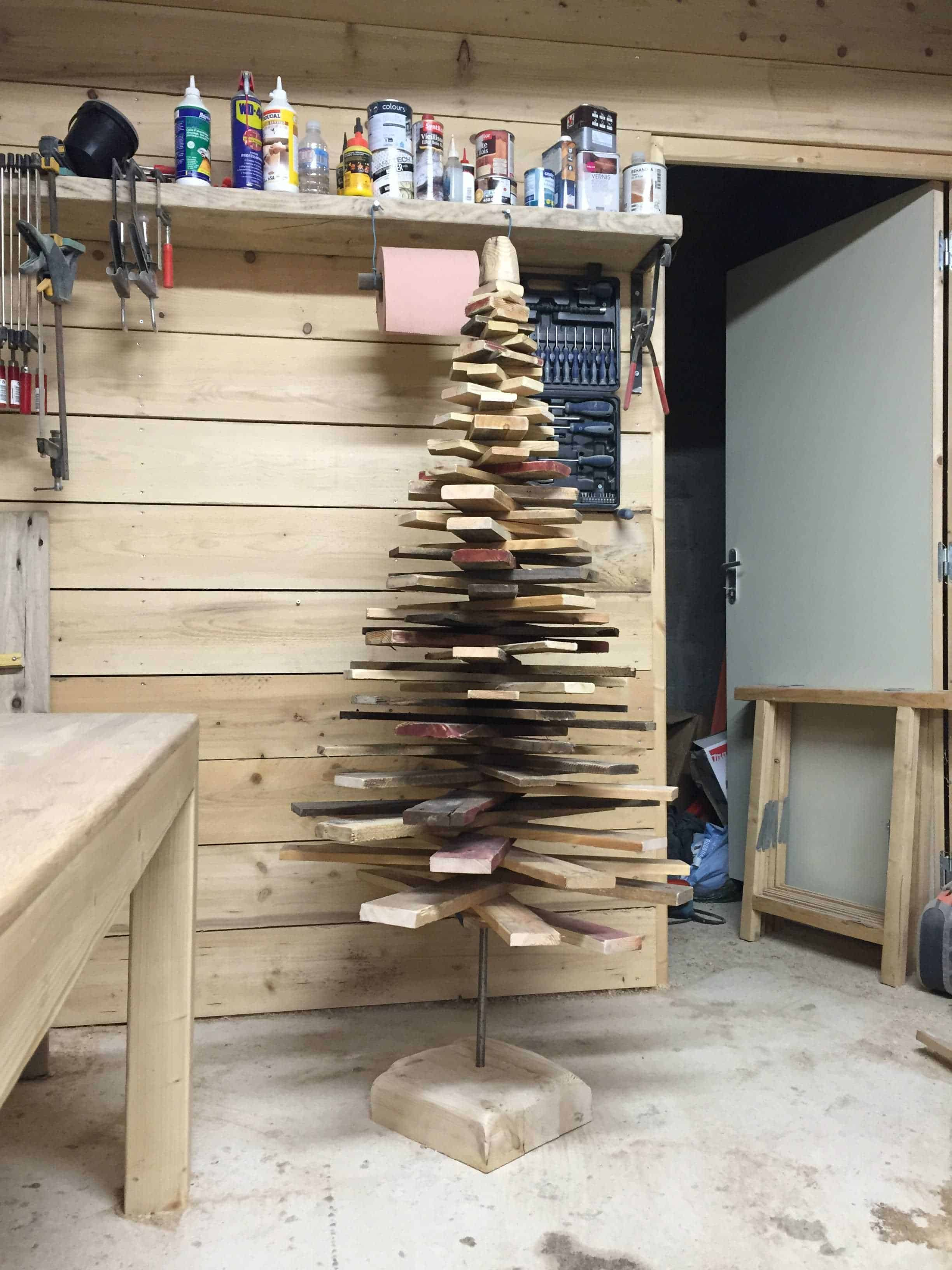 Pallet-christmas-tree-01 • 1001 Pallets