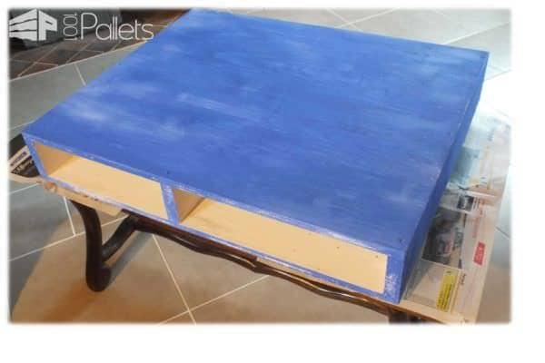 Table basse en bois de palette pallet coffee table for Table basse palette blanche