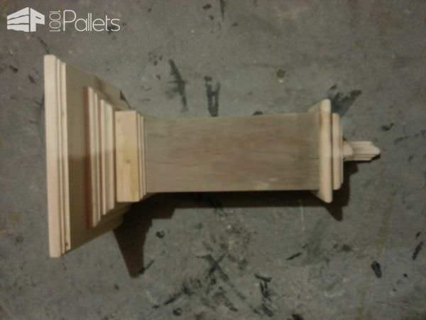 Pallet Wall Shelf, Made from Pallets and Scrap Wood Pallet Shelves & Pallet Coat Hangers