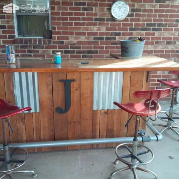 Reclaimed Pallet Wood Bar DIY Pallet Bars Lounges & Garden Sets