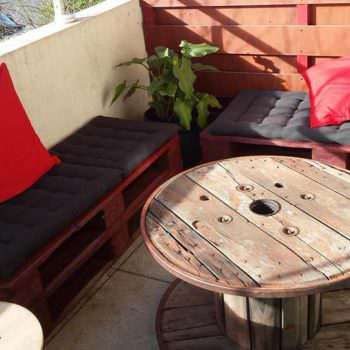 Salon De Balcon / Balcony Pallet Lounge Set