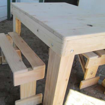 Table & 2 Benches from Repurposed Pallet Wood