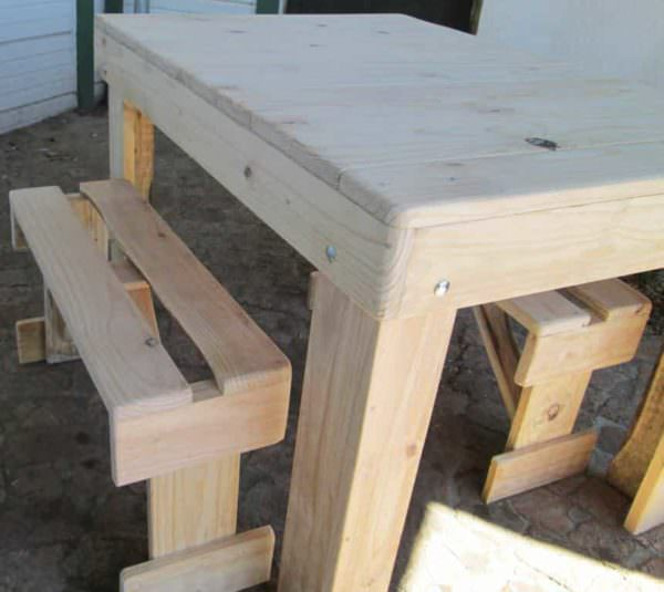 Table & 2 Benches from Repurposed Pallet Wood Pallet Benches, Pallet Chairs & Pallet Stools Pallet Desks & Pallet Tables