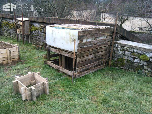 Carr potager pallet kitchen garden 1001 pallets for Carre potager design