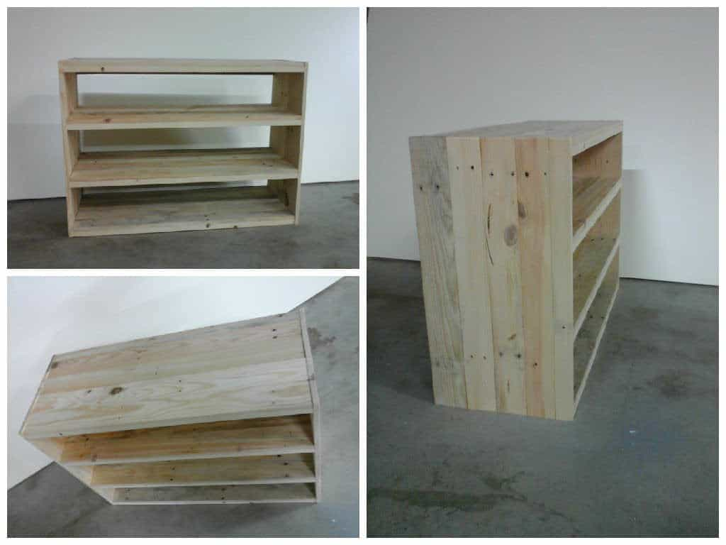 etag re en bois de palette pallet shoes shelf 1001 pallets. Black Bedroom Furniture Sets. Home Design Ideas