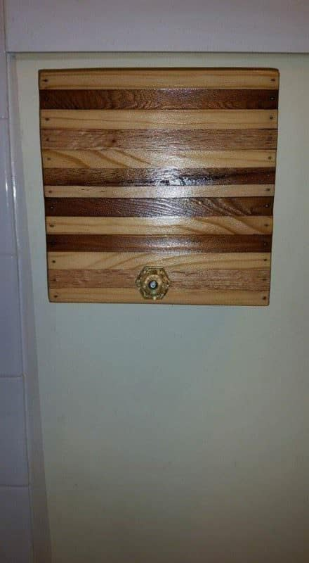 Cat-proof Toilet Paper Cover From Reclaimed Pallet Pallet Shelves & Pallet Coat Hangers