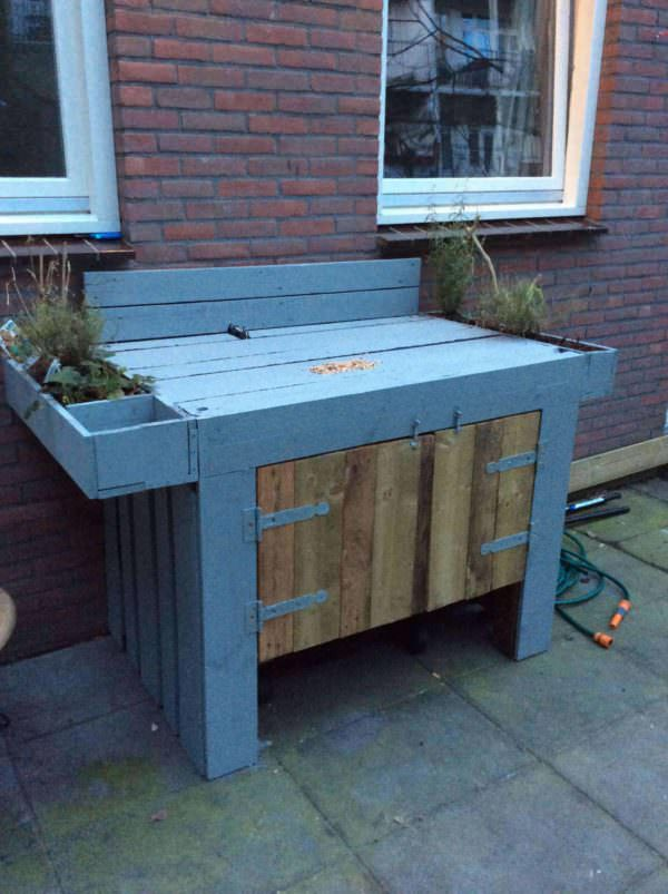 Garden Pallet Bar DIY Pallet Bars