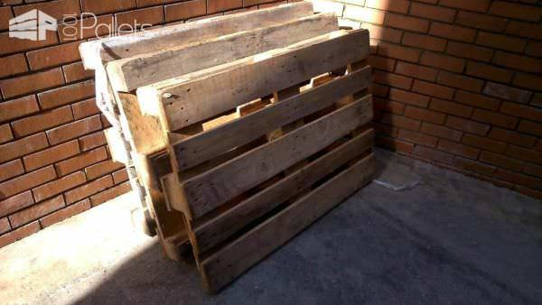 Japanese calligraphy sandbox flower beds 1001 pallets for Flower beds out of pallets