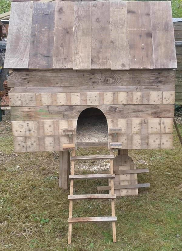 Notre Poulailler En Palettes / Our Pallet Chicken Coop Animal Pallet Houses & Pallet Supplies