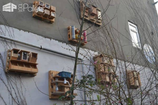 Pallet Used For Assembling Objects For Birds, Insects, Bats & Butterflies Animal Pallet Houses & Pallet Supplies