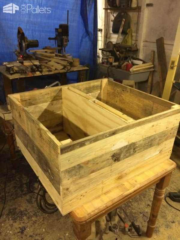 Sheesham Style Storage Chest / Coffee Table Pallet Boxes & Chests Pallet Coffee Tables