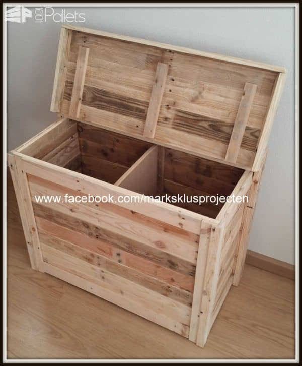 Small Storage Cabinet From Recycled Pallet Wood Pallet Boxes & Chests
