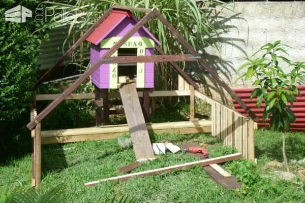 Luxury Chicken Coop From Repurposed Pallets 1001 Pallets