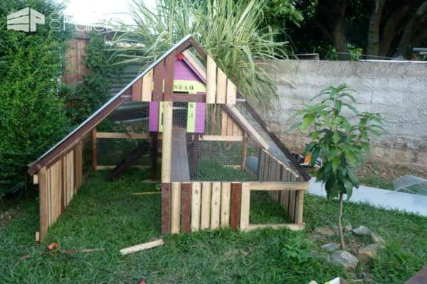 Luxury Chicken Coop From Repurposed Pallets Animal Pallet Houses & Pallet Supplies