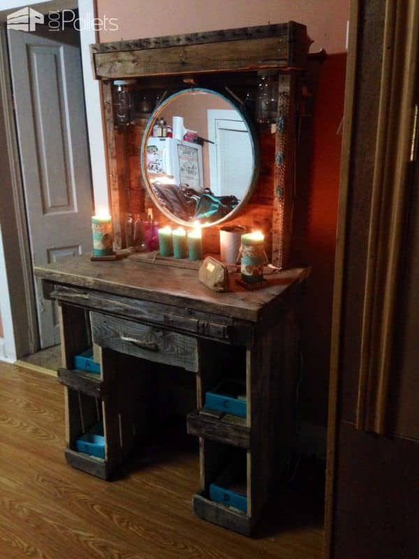 Makeup vanity made from reclaimed wooden pallets 1001 pallets - Coiffeuse en palette ...