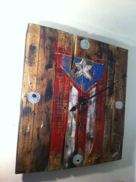 Relog De Pared / Pallet Wall Clock