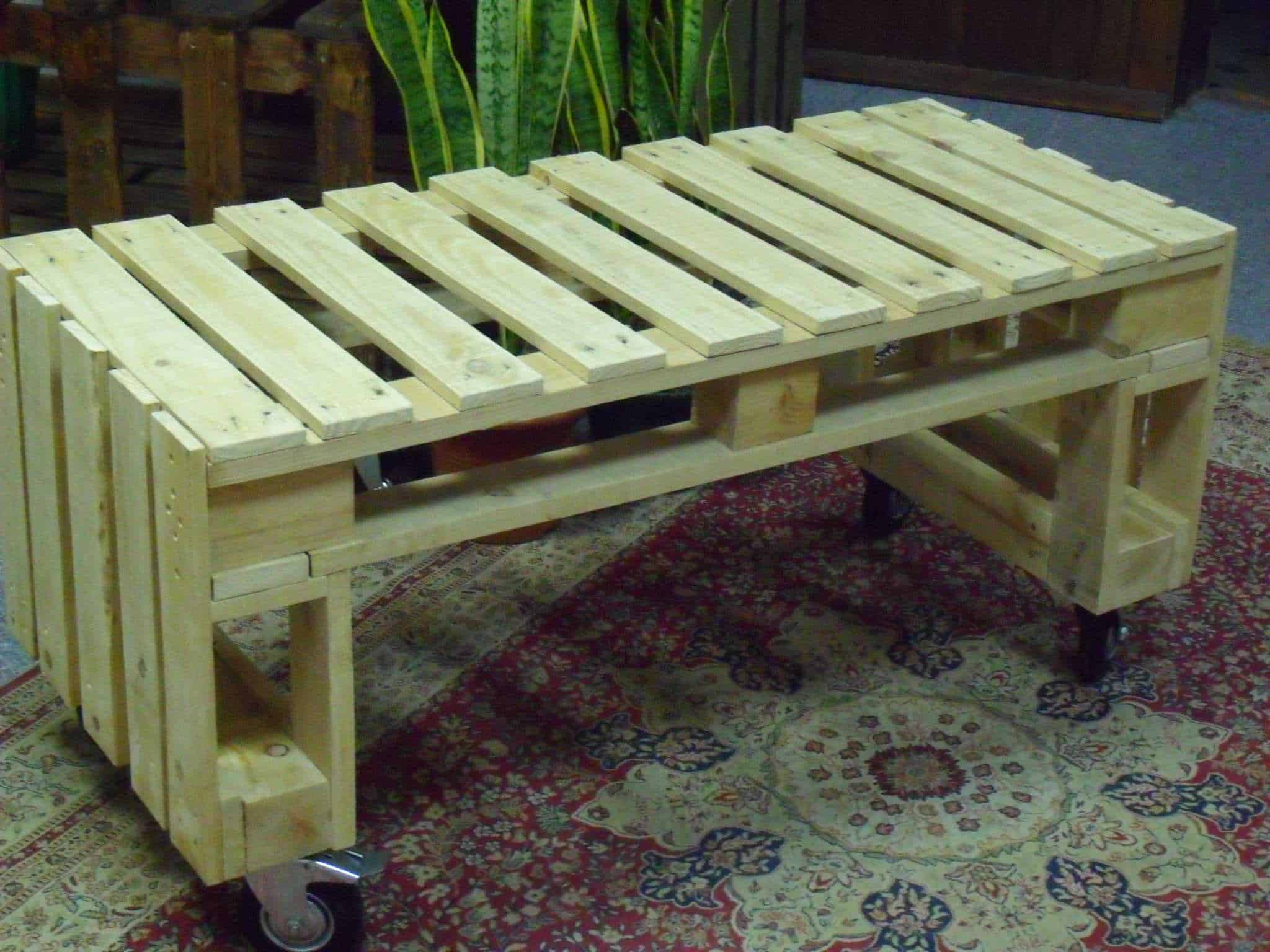 Very Simple Project Pallet Bench Out Of 2 Pallets