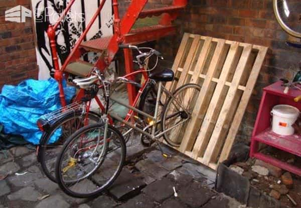 Wooden Pallets as Bike Racks3
