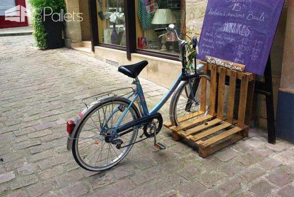 14 Ways of Reusing Old Wooden Pallets as Bike Racks • Pallet Ideas ...