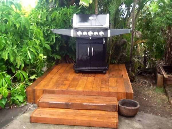 Bbq Platform Made Out Of Pallets Pallet Terraces & Pallet Patios
