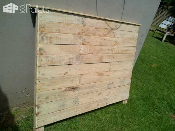 Bedroom Pallet Headboard & Side Table DIY Pallet Bedroom - Pallet Bed Frames & Pallet Headboards