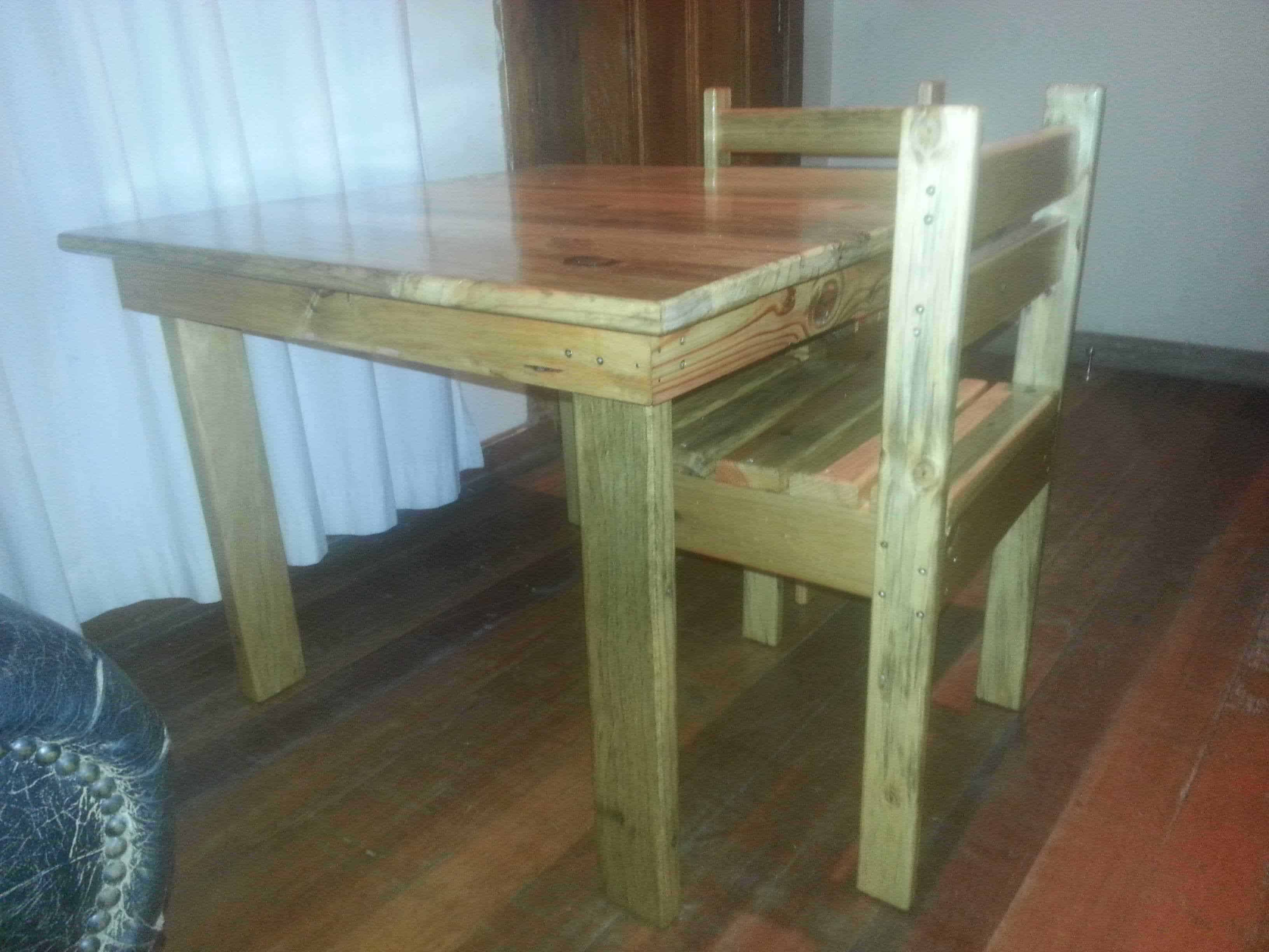 Children s Table & Chairs • 1001 Pallets