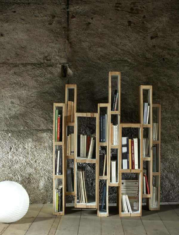 Design Bookshelf With Vertical Pallets Pallet Bookcases & Bookshelves Pallet Shelves & Pallet Coat Hangers