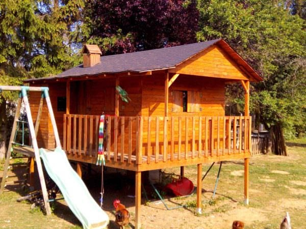 Kids Hut From Repurposed Pallets Fun Pallet Crafts for Kids Pallet Sheds, Pallet Cabins, Pallet Huts & Pallet Playhouses
