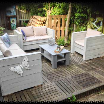 Pallet Outdoor Garden Set