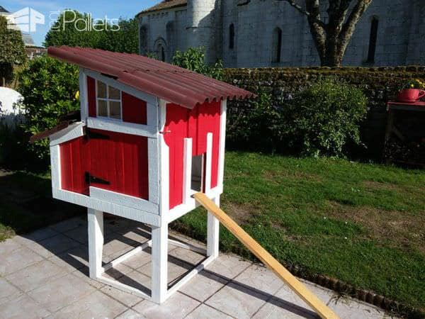 Red Pallet Chicken Coop Animal Pallet Houses & Pallet Supplies