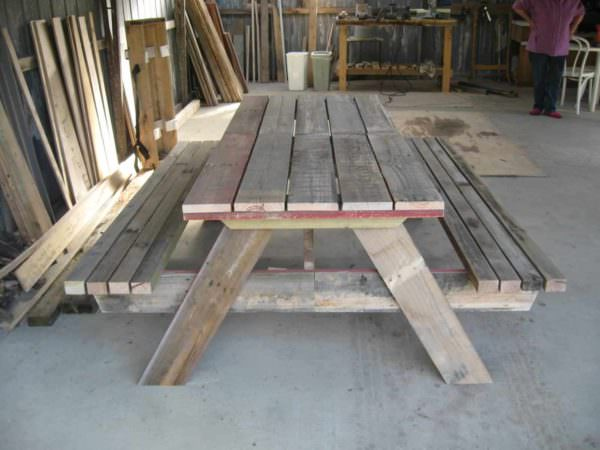 Repurposed Pallet Into Picnic Table Pallet Desks & Pallet Tables