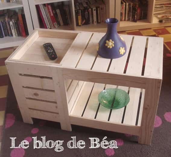 Special coffee table with box table basse avec coffre de for Fabriquer une table en bois de palette
