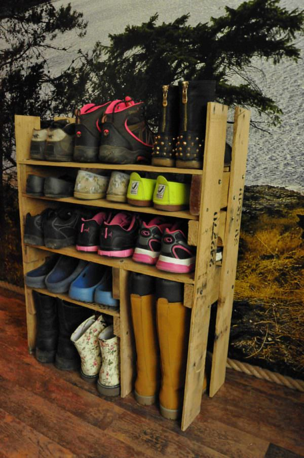 Diy Shoe Shelf From Pallets 1001 Pallets