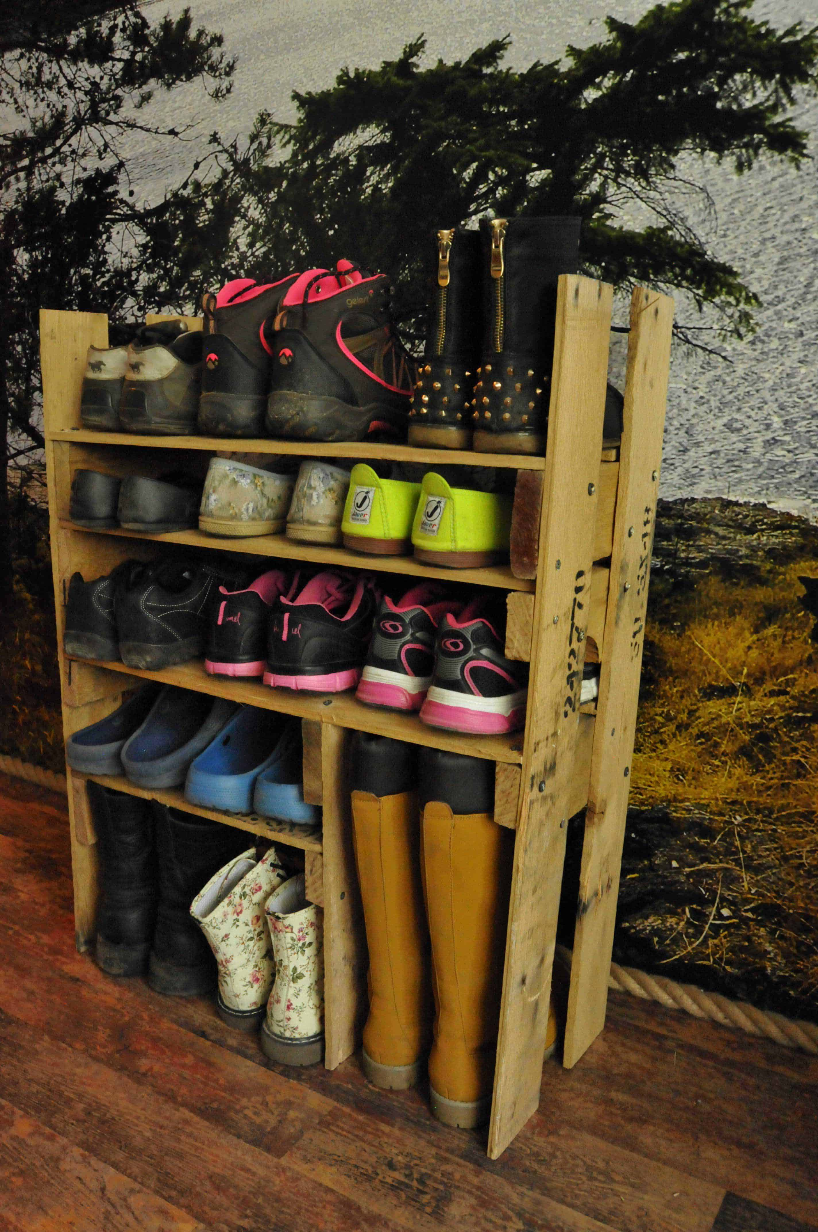 Diy Shoe Rack Diy Shoe Shelf From Pallets O Pallet Ideas O 1001 Pallets