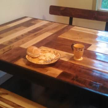 Kitchen Table & Benches From Repurposed Pallets