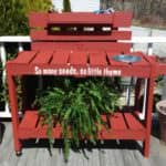 Pallet Garden Potting Table
