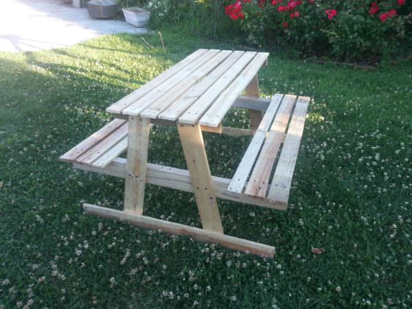 Picnic Table For Kids Fun Pallet Crafts for Kids