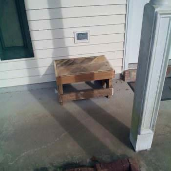 Small Pallet Bench For My Patio