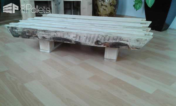 table basse entirement ralise palettes recycles 001 10